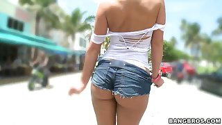 Phoenix Marie gets a creampie after hot public nudity