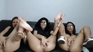 Hot_Princess_21 Katy Pamela Kitty Latinas pussy masturbation 1-2