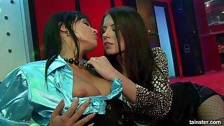 Orgy lesbians teach group licking